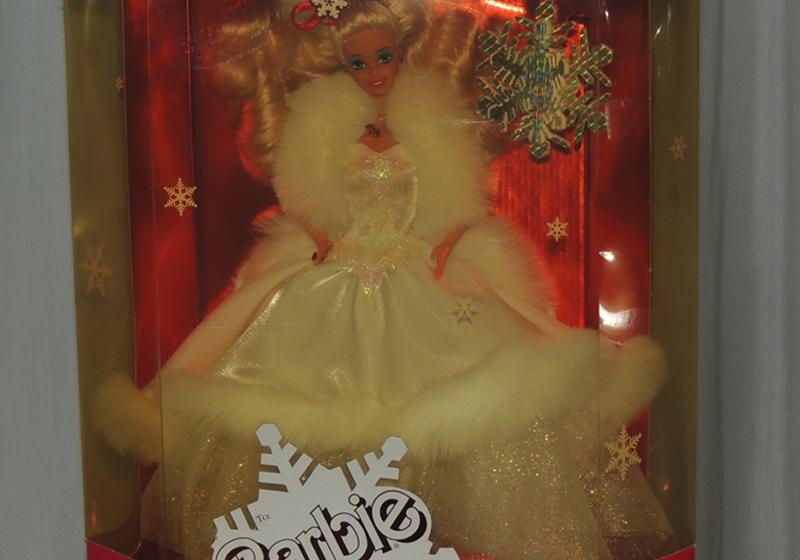 Mattel Barbie Happy Holiday Celebrations 1989