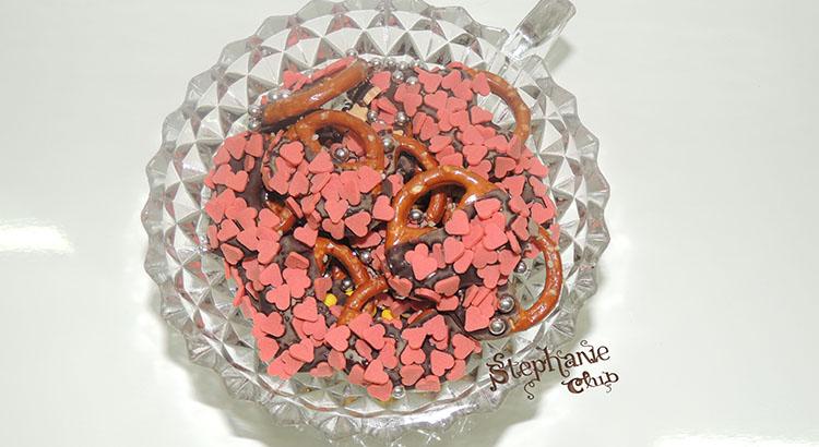 Snack per San Valentino con Brezel o Pretzel al cioccolato